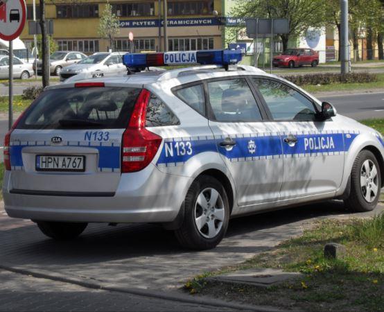 Policja Płock: Odpowie za uszkodzenie pojazdów
